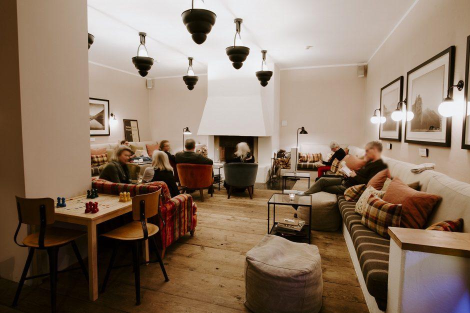 das kaminzimmer. Black Bedroom Furniture Sets. Home Design Ideas